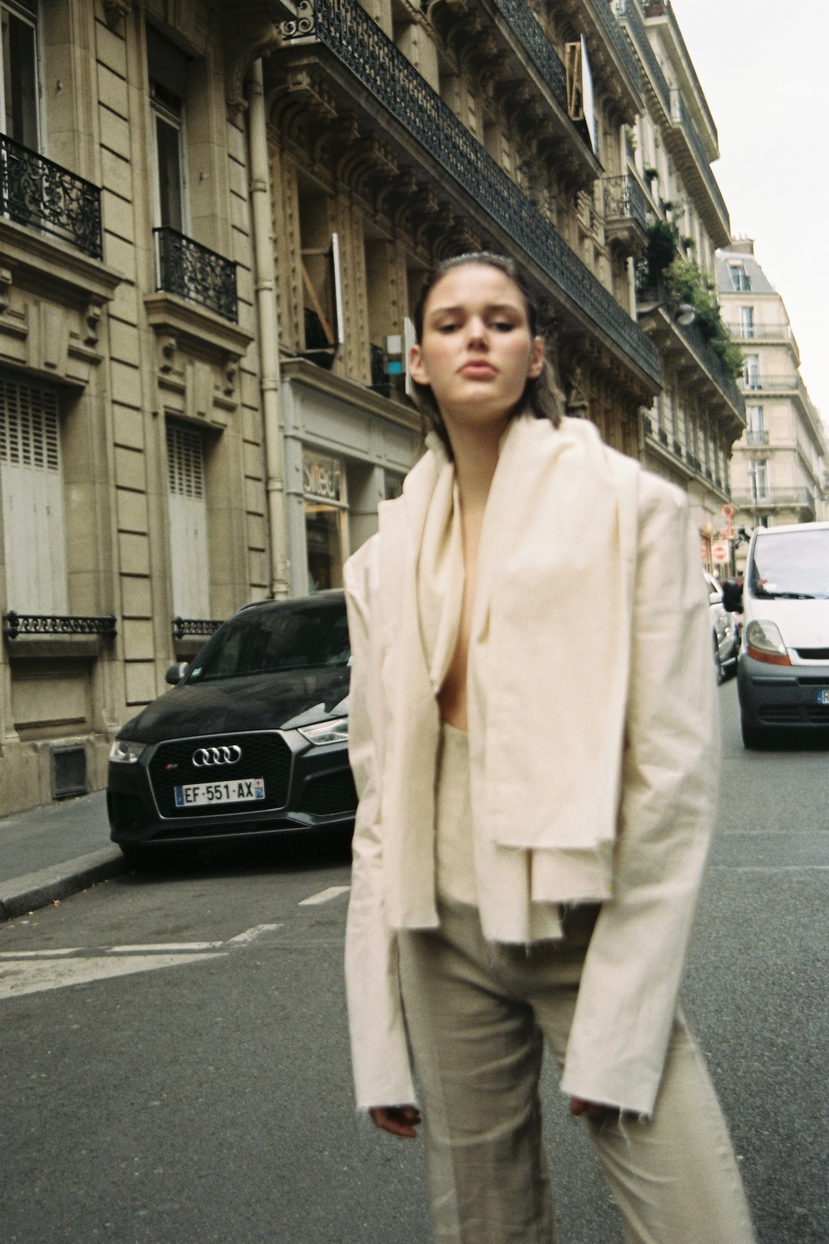 Teeth Magazine Online Emilie Carlach Fashion Film Photography Istituto Marangoni Paris Ophélie Berton